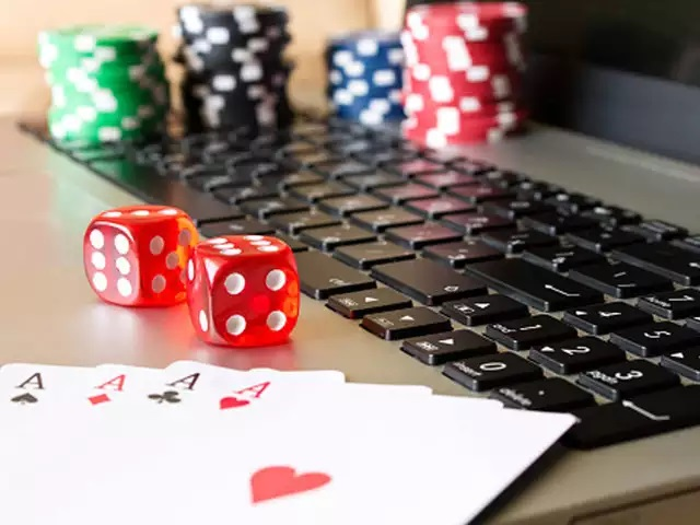 Get the chance of winning over online poker